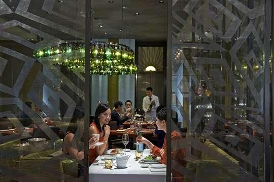 只要1560元,即可享有【台北文華東方酒店-Bencotto義大利餐廳】平日午間四道式套餐券一張(加價可用平假日晚間,效期到2018年6月30日)