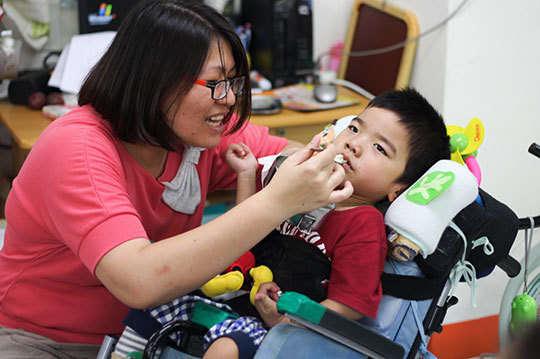 身心障礙幼童的早期療育需要你我共同支持!100元【一起夢想-慢飛寶貝希望餐點】幫助42名身障幼童,午餐吃得營養又健康,點亮孩子未來的曙光