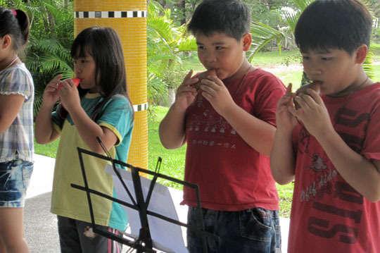 100元,讓後山的孩子可以有樂器參加比賽【一起夢想-東河國小樂隊組訓專案】讓孩子們用音樂看到世界與未來