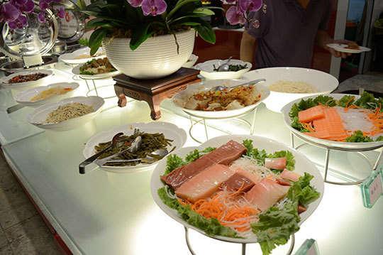 只要549元起,即可享有【蓮池閣素菜餐廳】歐式自助餐(二張/三張/十張)