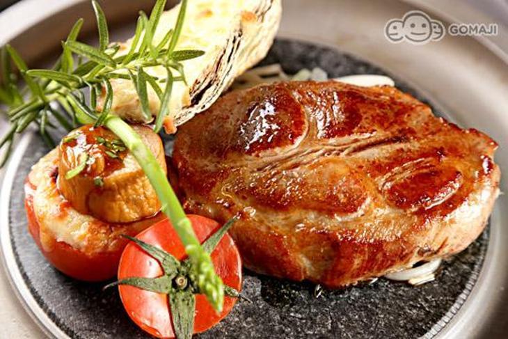 巴菲碳烤厚切牛排