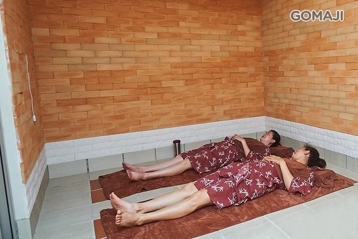 元康の陶板浴