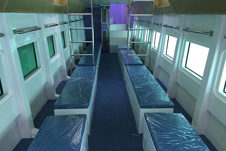 墾丁後壁湖-鉑洋豪華玻璃觀光遊艇