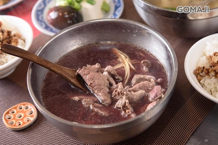 小董牛肉湯.爐