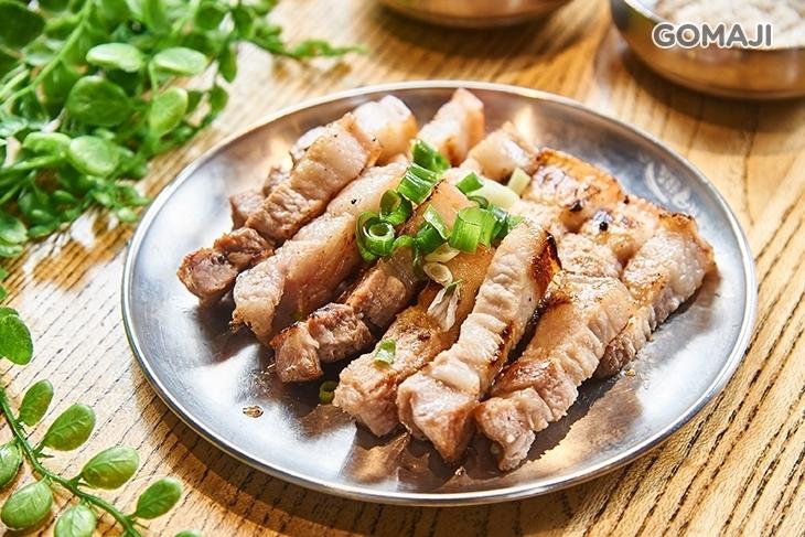 姜虎東678白丁韓國傳統烤肉店(高雄店)