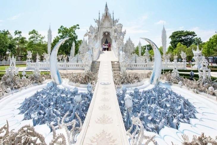 泰國-清萊一日遊(黑白藍廟、長頸族部落、金三角(清邁出發))