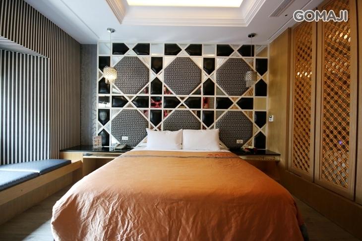 台中-羅馬假期汽車旅館