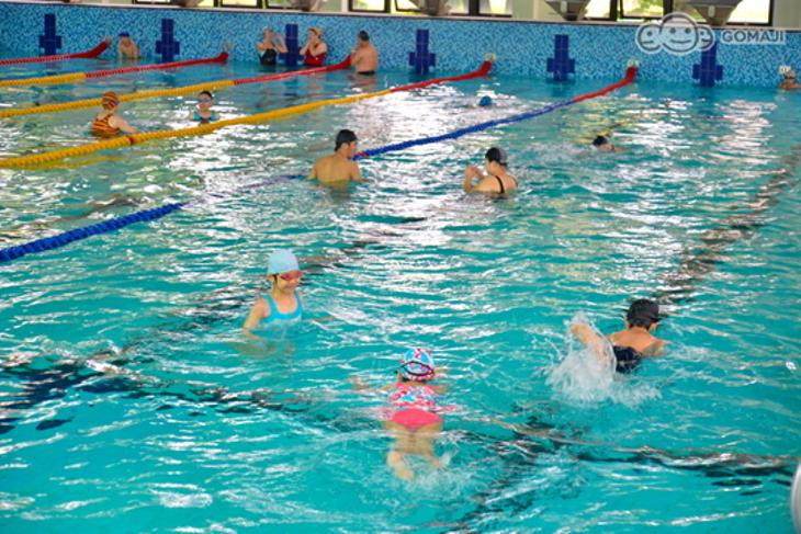桃園市立游泳池