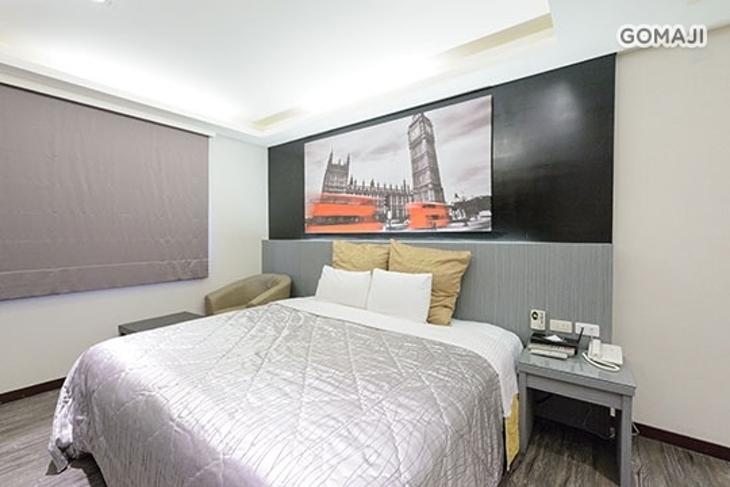 台北-嘉年華汽車旅館