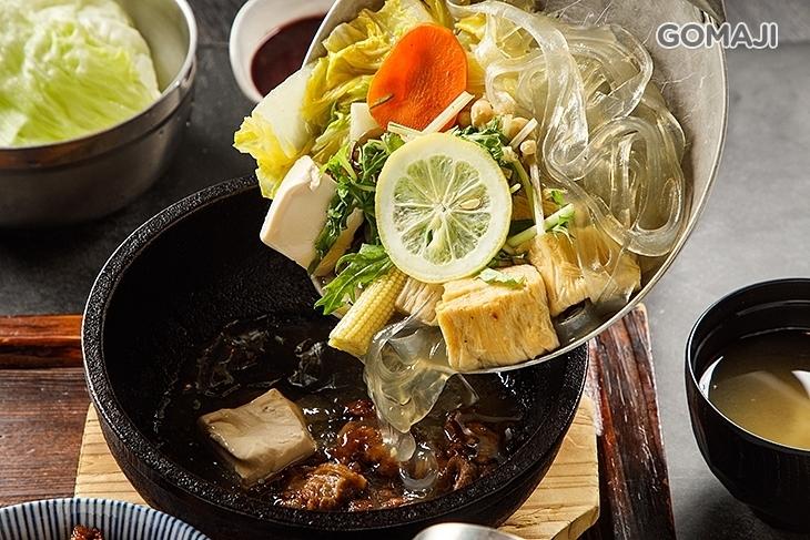 開丼 燒肉 vs 丼飯