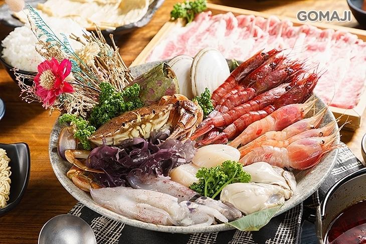 三國群鍋 海鮮燒烤餐酒館