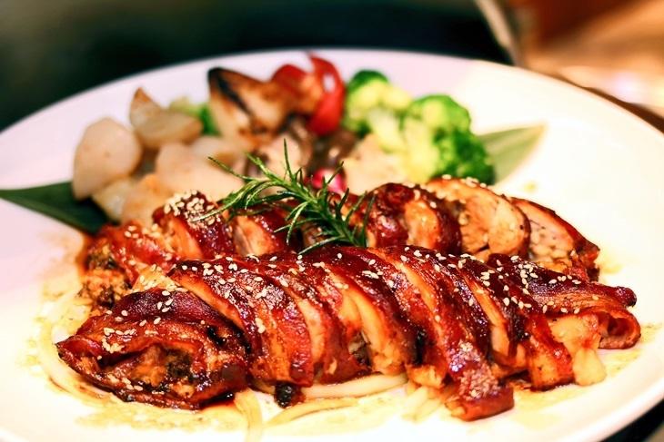 高雄義大皇家酒店-星亞自助餐/牛排屋/柳町日本料理/義大利餐廳/皇樓中餐廳