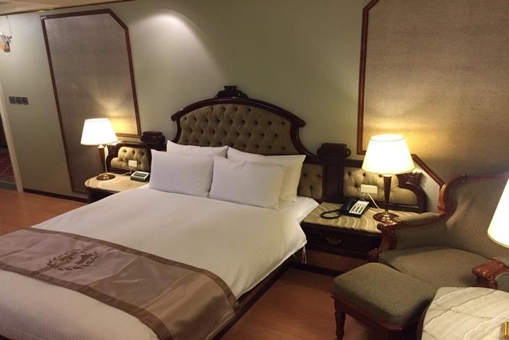 台北-香城大飯店(松山店)