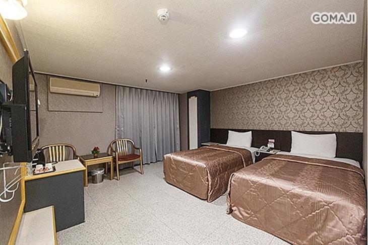 桃園-京典商務旅館