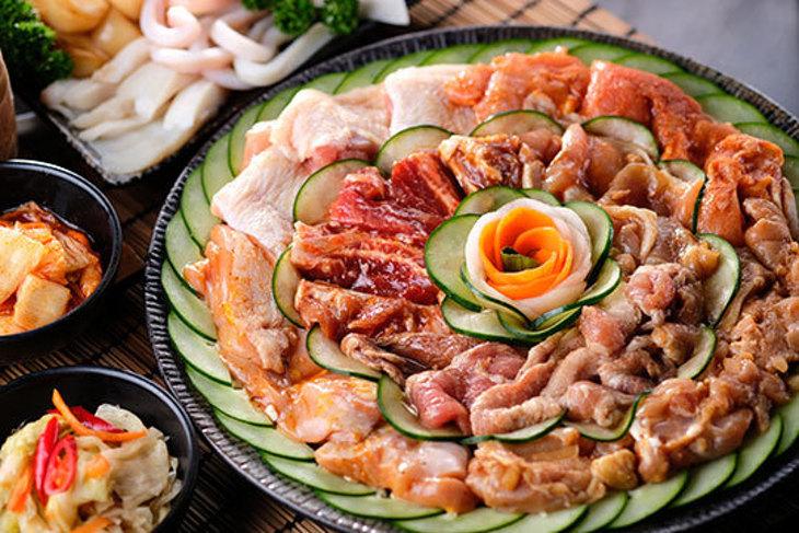 石頭日式炭火燒肉(漢口尊榮館)