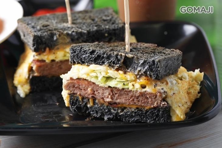 喜來客竹碳吐司早午餐