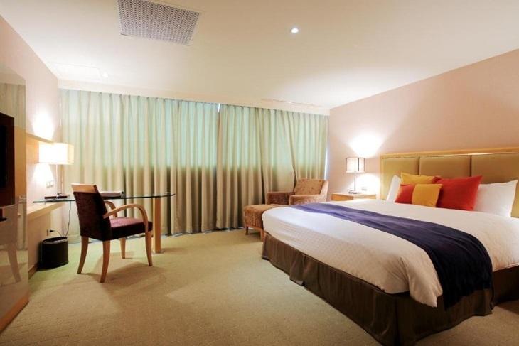 宜蘭羅東-晶樺商務飯店