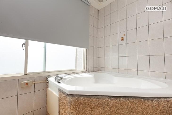 礁溪-泉湯溫泉商務汽車旅館