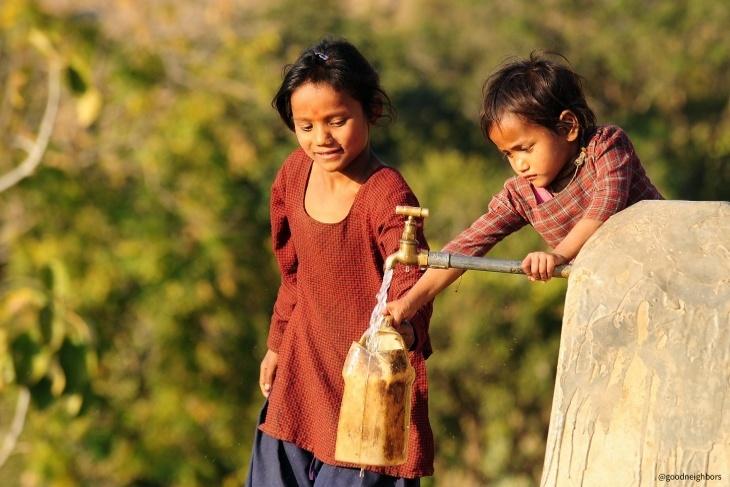 一起夢想-給印度孩童一杯乾淨的水