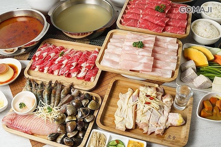 煮食涮涮鍋