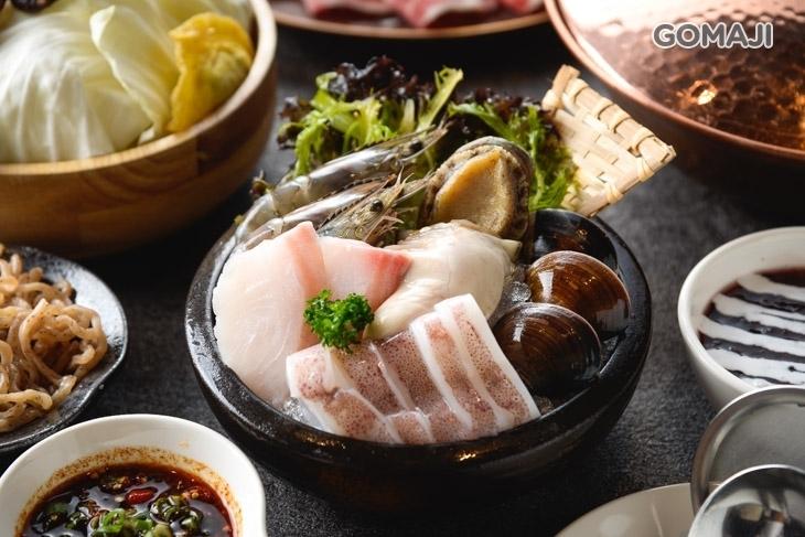銅花精緻涮涮鍋(高雄美術館店)