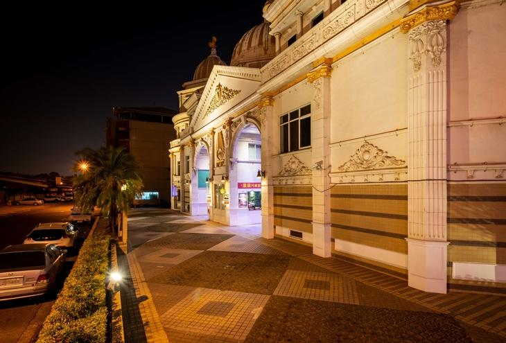 台南-國妃鷹堡精品時尚汽車旅館(健康館)